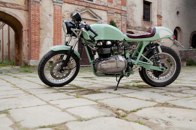 cafetwin_triumph_caferacer5